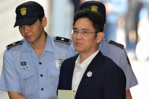 """법원 """"삼성물산·제일모직 합병 문제없다"""" 삼성 민사 1심서 승소"""