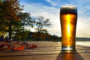 [맥덕기자의 맛있는 맥주이야기] [시즌2] ⑬ 가을에는 '가을 맥주'를 마셔요.