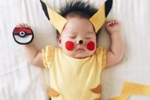 [핵잼 라이프] 달콤한 10분간의 낮잠시간…4개월 딸은 '코스프레' 스타