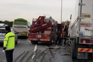 또 졸음운전 추정 추돌사고로 1명 사망·20명 부상