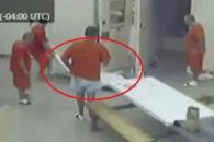 감방 동료 살인 후 몰래 시체 옮기는 죄수 '충격'