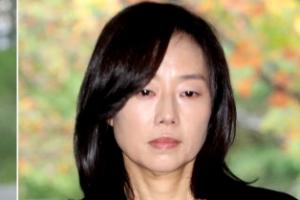 """82일 만에 항소심 출석한 조윤선 """"성실히 임하겠다"""""""