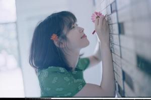 팬 사로잡은 '고막 여친'과 '워너원'