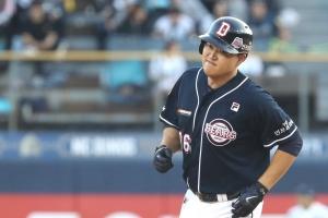 PS 한 경기에 4홈런·9타점…오재일, 한국야구에 새 역사를 쓰다