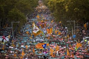 [포토] 스페인 정부 '카탈루냐 자치정부 해산' 결정에 대규모 시위