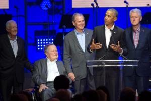 다섯 명의 美 전직 대통령… 허리케인 피해자 돕기 한마음