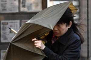 슈퍼태풍 '란' 日열도 강타…5명 사망 실종·130여명 부상