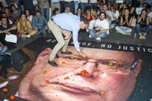 몰타 시민, 탐사보도 기자 암살 항의 시위