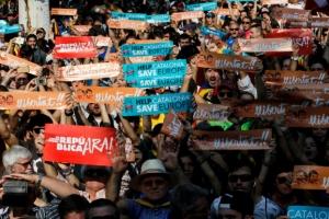 스페인, 카탈루냐 직접 통치 개시…카탈루냐 경찰청장도 해임