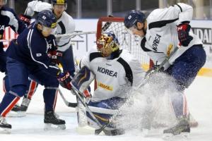빙판 녹일 듯… 아이스하키 대표팀 맹훈련