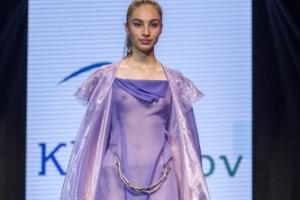 [포토] 속살이 보일 듯 말 듯 '시스루 드레스'
