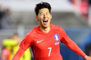 한국 vs 콜롬비아, 전반 1-0 리드…손흥민, 수비수 2명·골키퍼 뚫고 선제골
