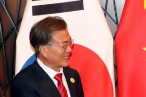 """靑 """"시진핑, 평창동계올림픽 참석 소망…긍정적 기류"""""""