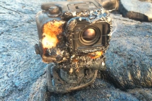 뜨거운 용암에 고프로 카메라 녹는 순간