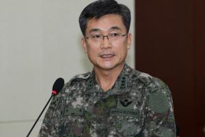 [서울포토] 북한군 귀순 상황 설명하는 서욱 합참 작전본부장