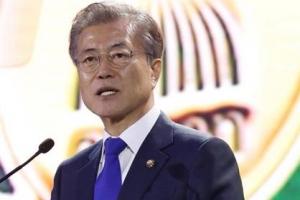 """文대통령 """"외환위기 극복한 힘으로 '동아시아 공동체' 만들자"""""""