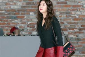 [포토] 이호정, 아찔한 앞트임 패션 '시선 강탈'