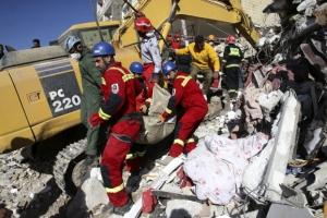 이란 지진, 최소 사망자 530명·부상 7460명 파악