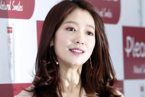 [포토] 박신혜, '여신 미모에 백화점 들썩 들썩'