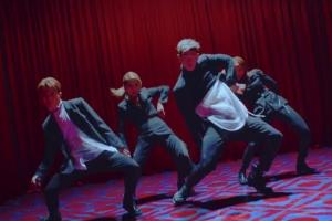 그룹 카드 '유 인 미' 뮤직비디오 티저…짙은 감성과 강렬 퍼포먼스