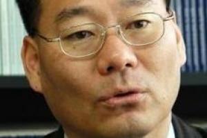 [시론] 금리정책, 논리적 함정과 정책의 역할/전성인 홍익대 경제학부 교수