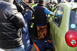 성주 사드 공사 자재 반입 중 경찰 또 강제해산…주민 등 20여명 부상