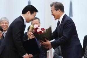 홍종학 임명…장하성·김상조와 '재벌 저격수' 삼각편대 이륙