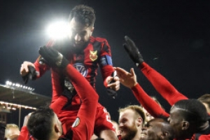 스웨덴 외스터순드 유럽축구 대항전 데뷔하자마자 토너먼트 진출