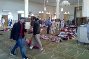 """이집트 이슬람 사원 폭탄·총기 테러, 235명 사망…엘시시 대통령 """"보복할 것""""(종합…"""