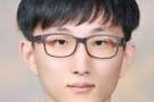 """재학생 유일 수능만점자 강현규군 """"하루 7시간씩 꼭 잤다"""""""