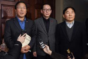 [법정시한 넘긴 예산안 처리] '공무원 증원' 최대 암초…아동수당·기초연금은 이견…