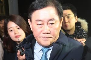 법무부, 최경환 체포동의 요구서 접수…국회 제출 임박