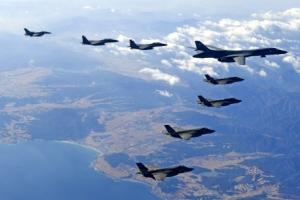 美 B-1B 폭격기, 이틀 연속 한반도 전개…서해상 폭격 훈련