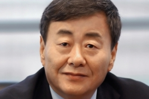 '비서 성추행' 피소 김준기 전 DB회장 여권 무효화