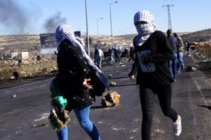 [포토] '화약고로 변한' 팔레스타인 서안 시위 현장