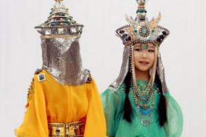 [포토] '살아있는 인형' 키르기스스탄 패션