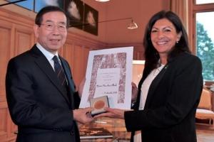박원순 시장, 기후변화 협력 주도…파리 최고등급 '명예메달' 수상