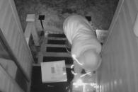 택배 도둑 혼쭐낸 집주인의 묘안은?