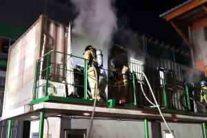 부산 공장 컨테이너 숙소 화재…잠자던 베트남 노동자 숨져