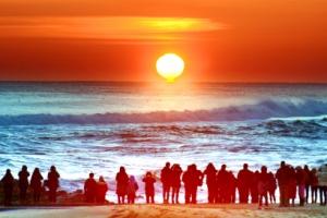 다 잊으리… 내일은 새로운 태양이 떠오른다