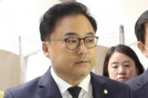 """""""나 국회의원인데""""…권석창 한국당 의원, 제천 화재 현장 출입 논란"""