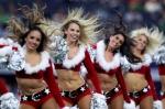 산타 치어리더들, 선명한…