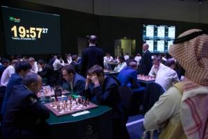 여성 챔피언 불참·이스라엘 금지… 사우디 체스대회 논란