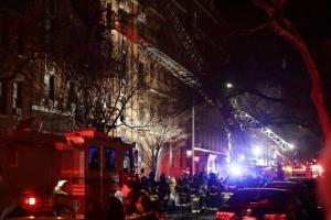 뉴욕 브롱크스 아파트 화재 사고…최소 12명 숨지고 4명 중태