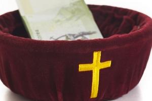 교회 헌금으로 아들 유학·결혼비 낸 목사 집행유예