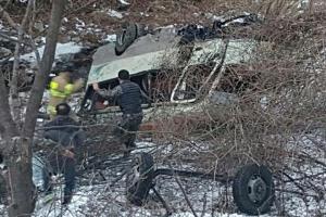 신병 탄 군용버스 20m 아래로 추락…3명 중상·19명 경상(종합)