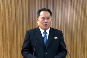"""북한 """"판문점 연락채널 개통…평창 파견 실무문제 논의""""(종합)"""