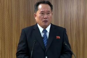 회담 제의 하루 만에 연락관 통화… 北 '문재인 대통령' 첫 호칭