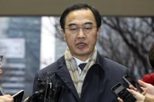 """조명균 """"이산가족·군사긴장완화 논의도 준비"""""""