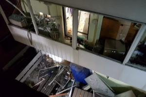 강릉 다가구 주택서 LP가스 폭발…12명 부상